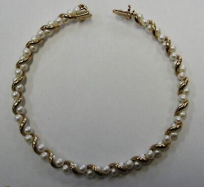 """Stunning 61 Pearl Ladies Bracelet Crafted in 10K Yellow Gold 60mm Round 5"""" Long"""