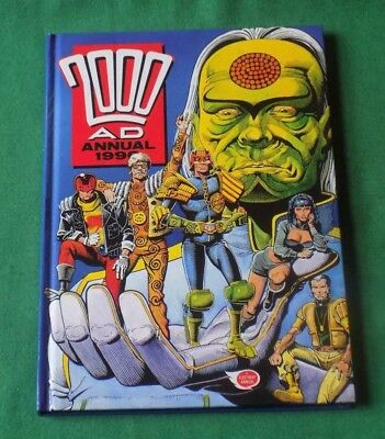 Vintage 1990 The 2000AD annual unclipped nice condition