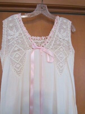 lovely authentic Victorian era nightgown  hand crocheted yoke