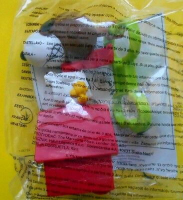 McDonald's  2018 Snoopy Peanuts  Happy Meal Snoopy as the flying 2018