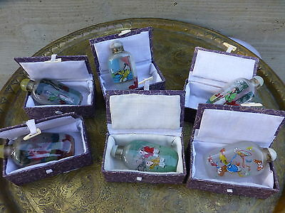 Superb Set of 6 vintage Chinese snuff bottles with boxes [Y8-W6-A9]