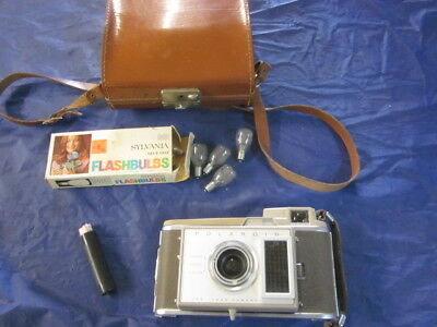 Poloroid J33 Instant Land Camera with Case J-33 not tested