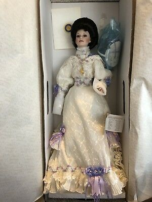 1996 Franklin Mint Emma Coca Cola Heirloom Doll Circa 1905 With Display Stand