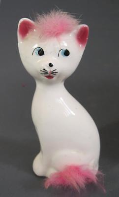 Retro/vintage 60s-70s ceramic pottery white cat c/w pink fluff figurine Japan