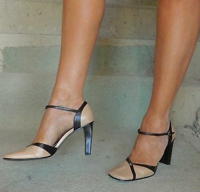 VINTAGE Nine West Classy Chic Two Toned  Leather Heels 9