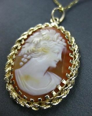 Antique 14Kt Yellow Gold Hand Carved Lady Shell Cameo Pendant Beautiful! #22105