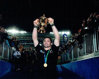 Richie McCAW Signed Autograph Photo 2 AFTAL COA RUGBY All Blacks New Zealand