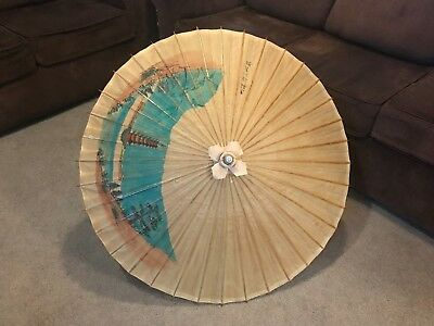 Antique Chinese Wood & Rice Paper Umbrella Parasol in Good Condition