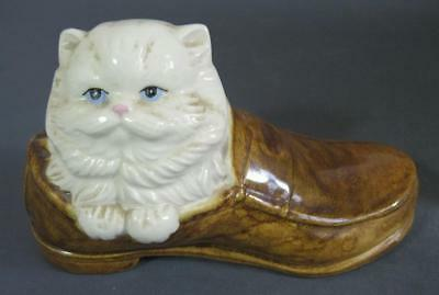 Retro/vintage 80s ceramic Persian cat in a boot figurine/statue - kitsch