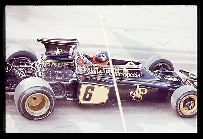 35mm vintage slide* 1970ca FORMULA 1 - Emerson FITTIPALDI a bordo della LOTUS