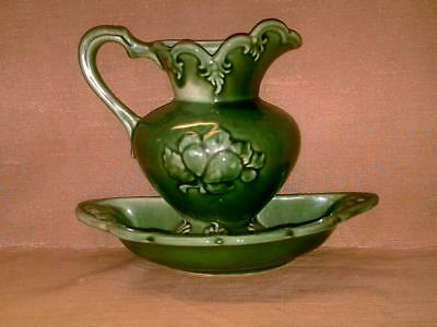 Vintage Camark Pottery Pitcher and Basin Wall Pocket-Green-USA-119 L