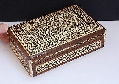 Vintage Inlaid Wooden Box with Hinged Lid - 15.5 x 10 x 4cms. Eastern Design.