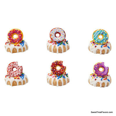 8Pcs Dollhouse Miniature Bakery Shop Kitchen Food Cake Price Cupcake Donuts D6J7