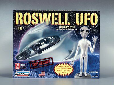 "Lindberg 1/48 Scale Roswell UFO With Alien Crew. SEALED DAMAGED BOX.  ""RETIRED"""
