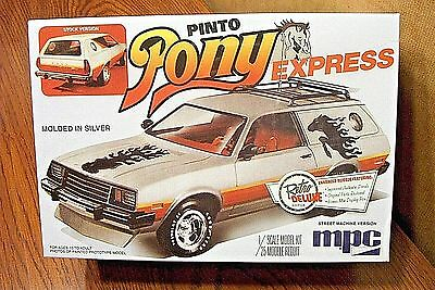 MPC FORD PINTO WAGON PONY EXPRESS 1/25 SCALE MODEL KIT (molded in silver)