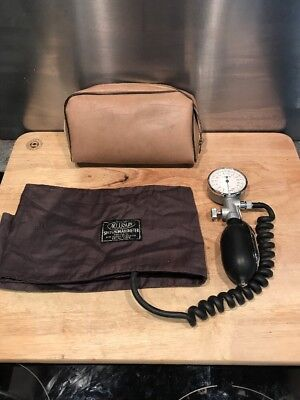 Accoson Portable Blood Pressure Sphygmomanometer