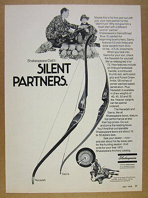 1972 Shakespeare NECEDAH & SIERRA Bows father son hunters photo vintage print Ad