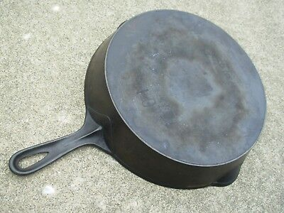 Vintage WAGNER  Arch Logo # 10 Cast Iron Skillet w/ Heat Ring~1891-1910??~NICE