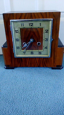Beautiful Vintage wooden Tymo mantle clock 27cm wide, 23cm high and 12cm deep