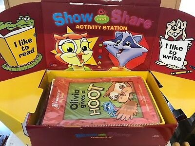 Premier Show and Share Learning Kit Classroom Set with 25 Home/School Journals