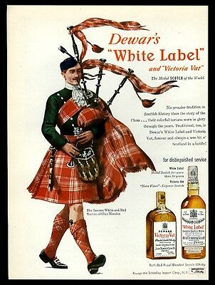 1948 Clan Menzies tartan bagpipes piper art Dewar's Scotch whisky print ad