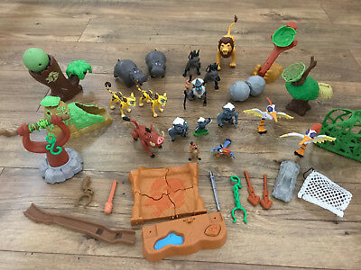 Lion King Lion Guard Pride 2 sets of Figures and accessories