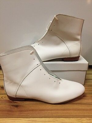 High Country, Size 11 W WOMENS Clogging Tap Dance boots, Shoes, (no Taps) WHITE