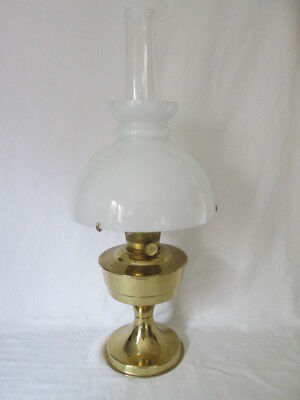 An aladdin 23 brass paraffin oil lamp shade 3998 picclick uk an aladdin 23 brass paraffin oil lamp shade aloadofball Images