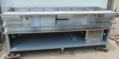 Duke Subway Refrigerated top prep table front counter