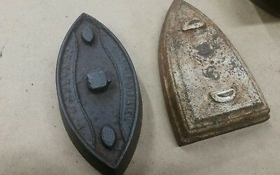 Lot of two Antique Irons Vintage sad iron