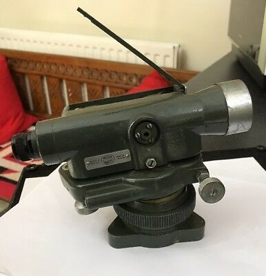 Vintage Collectible Hilger Watts Surveyors Theodolite SL106-6 196040 Army Green