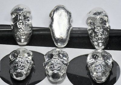 One sold silver scull one ounce fine silver 0.999.