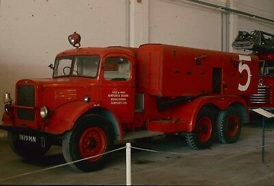 35Mm Colour Slide Vintage Fire Brigade Engine Lorry Isle Of Man Airports Board