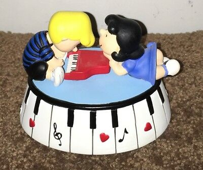 Peanuts Musical Figurine Lucy & Schroeder Piano Love Westland Giftware Music Box