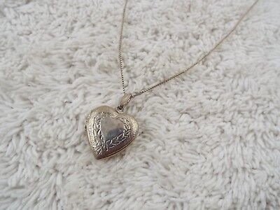 Sterling Silver Plated Heart Locket Pendant Necklace (C18)