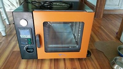 0.9CF Vacuum Oven -Stainless Steel Interior w/ LED Display, LED's -8 Shelves