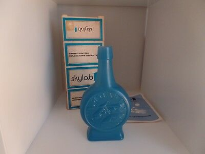 1973 Wheaton Glass Blue Decanter Bottle Skylab I Space Astronauts box and insert