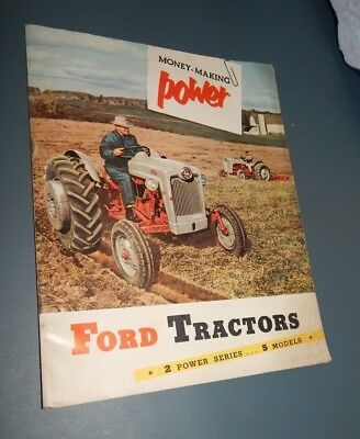 FORD TRACTOR SALES BROCHURE: 600 & 800 SERIES 38 pages w fold-out Color 1955 VG