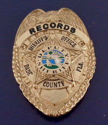 RECORDS Dade County Florida Sheriff's Office Mini Badge Lapel Pin FL police OLD