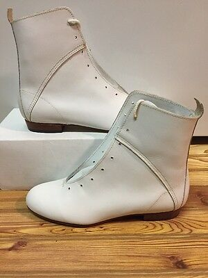 High Country, Size 5.5W WOMENS Clogging Tap Dance boots, Shoes, (no Taps) WHITE