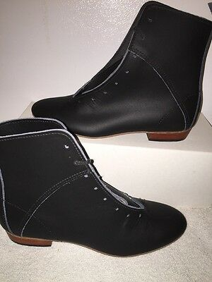 High Country, Size 6M WOMENS Clogging Tap Dance boots, Shoes, (no Taps) Black