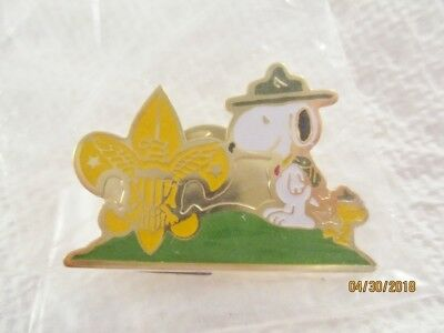 SNOOPY & WOODSTOCK CUB SCOUTS, United Features PIN