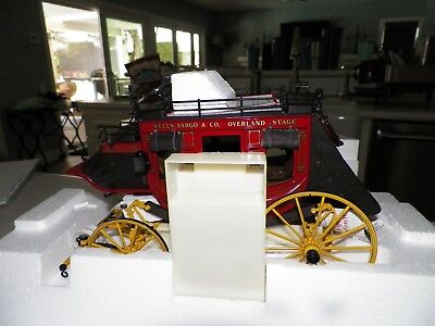 Franklin Mint Precision Model Wells Fargo Overland Stage Coach Nib 1:16 B11Xk59