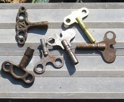 Mixed Lot 7 Antique Cast Iron Steel & Vintage Brass Clock Keys Salvage Parts
