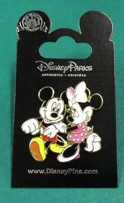 Disney Pin Mickey Mouse and Minnie Mouse Strolling and Holding Hands