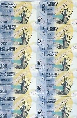 LOT Madagascar, 10 x 200 Ariary 2017 P-New UNC, Completely Redesigned, Waterfall
