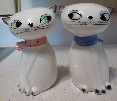 Vintage 1961 Holt Howard Big Eyed Cat Salt & Pepper Shakers w Noisemaker