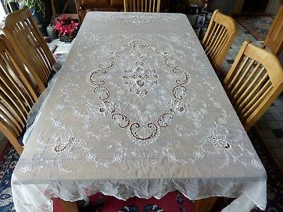 Beautiful Antique French Tambour Embroidered Net Lace Bedspread / Coverlet