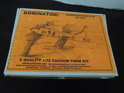 Aviation USK Consolidated B-32 Dominator Vacuform Injection 1/72