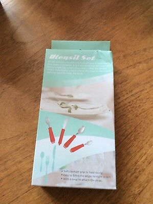 Bendable  Large Handle Cutlery Set. New Boxed. Red